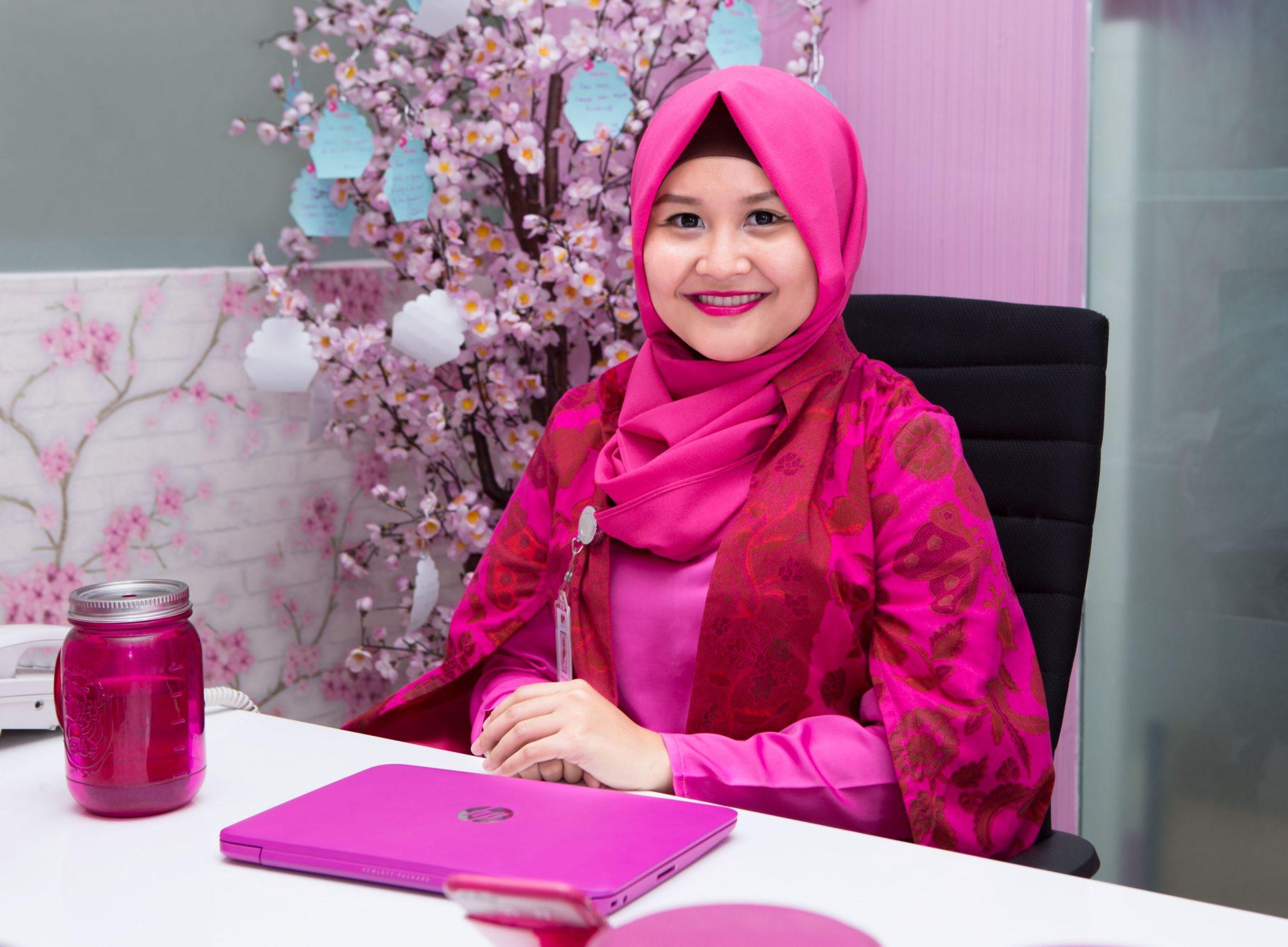 Drg. Oktri Manessa Menggabungkan Antara Passion dan Misi Sosial