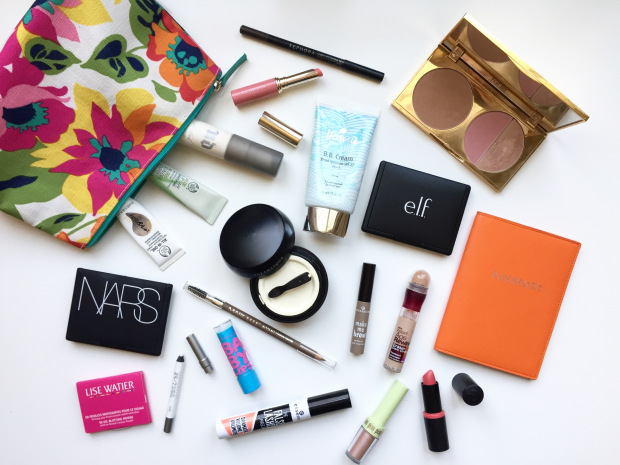 Beauty Essentials to Pack in your Travel Bag