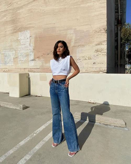 Ladies, Contek 5 Cara Keren Kenakan Wide-Leg Jeans!